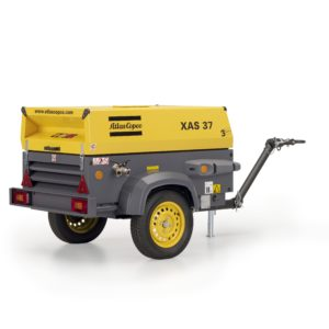XAS 37 Kd metal cnopy mobile compressor. Up to 7bar (102psi), fitted with a Kubota D905 diesel engine.