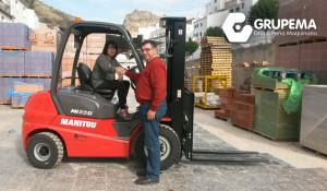 Entrega de MI 25 D en Cambil, Jaén.